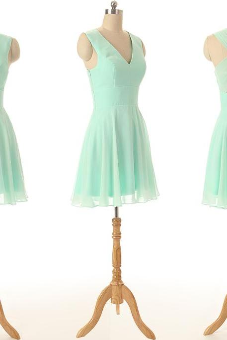 A46 Tank V Neck Short Homecoming Dress,Mint Chiffon Bridesmaid Dress
