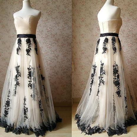 D211 Charming Prom Dress,Tulle Prom Dress,Appliques Prom Dress,Sweetheart Evening Dress
