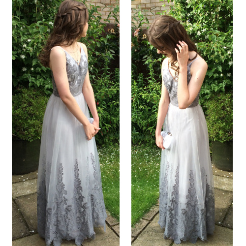 D212 Charming Prom Dress,Tulle Prom Dress,ApplIques Prom Dress,V-Neck Evening Dress